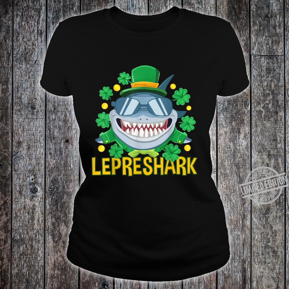 Shark Clothing Leprechaun Outfit Shamrock St Patrick's Day Shirt ladies tee